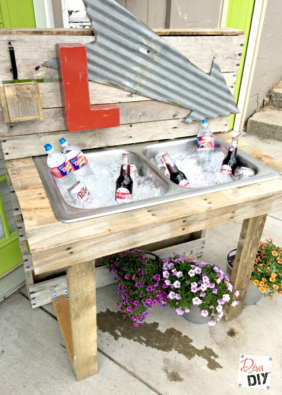 pallet-drink-station-27