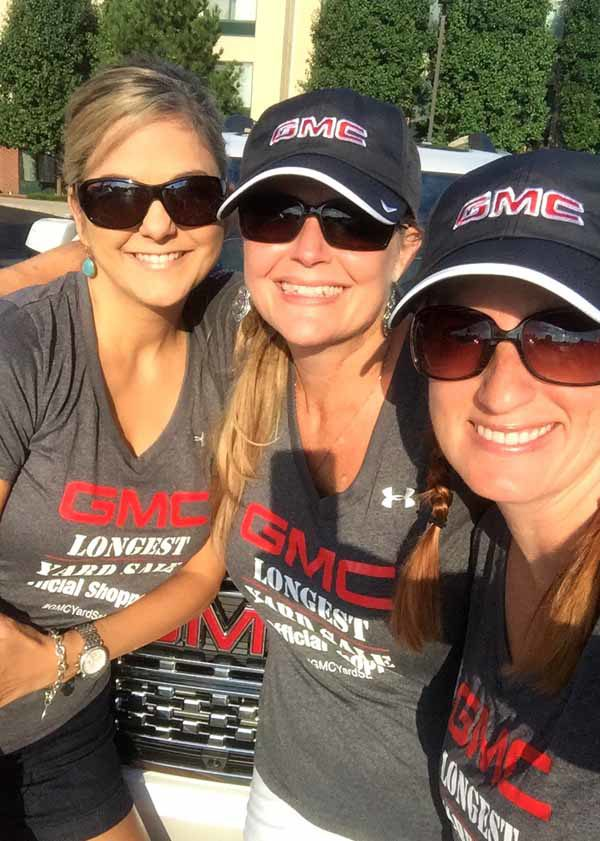 GMC & The World's Longest Yardsale - my traveling crew - artsychicksrule #worldslongestyardsale #gmc
