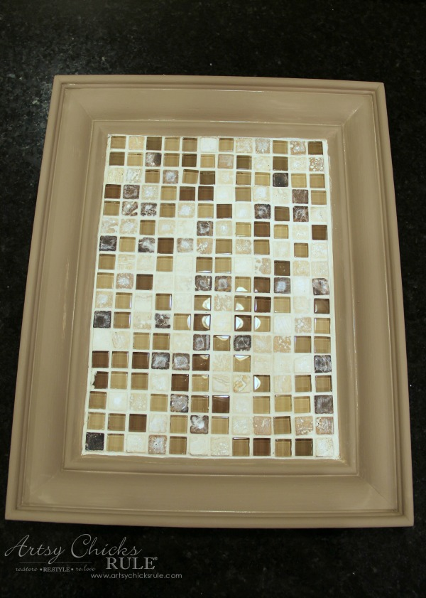 old-frame-turned-diy-tiled-tray-with-grout-artsychicksrule-tiledtray